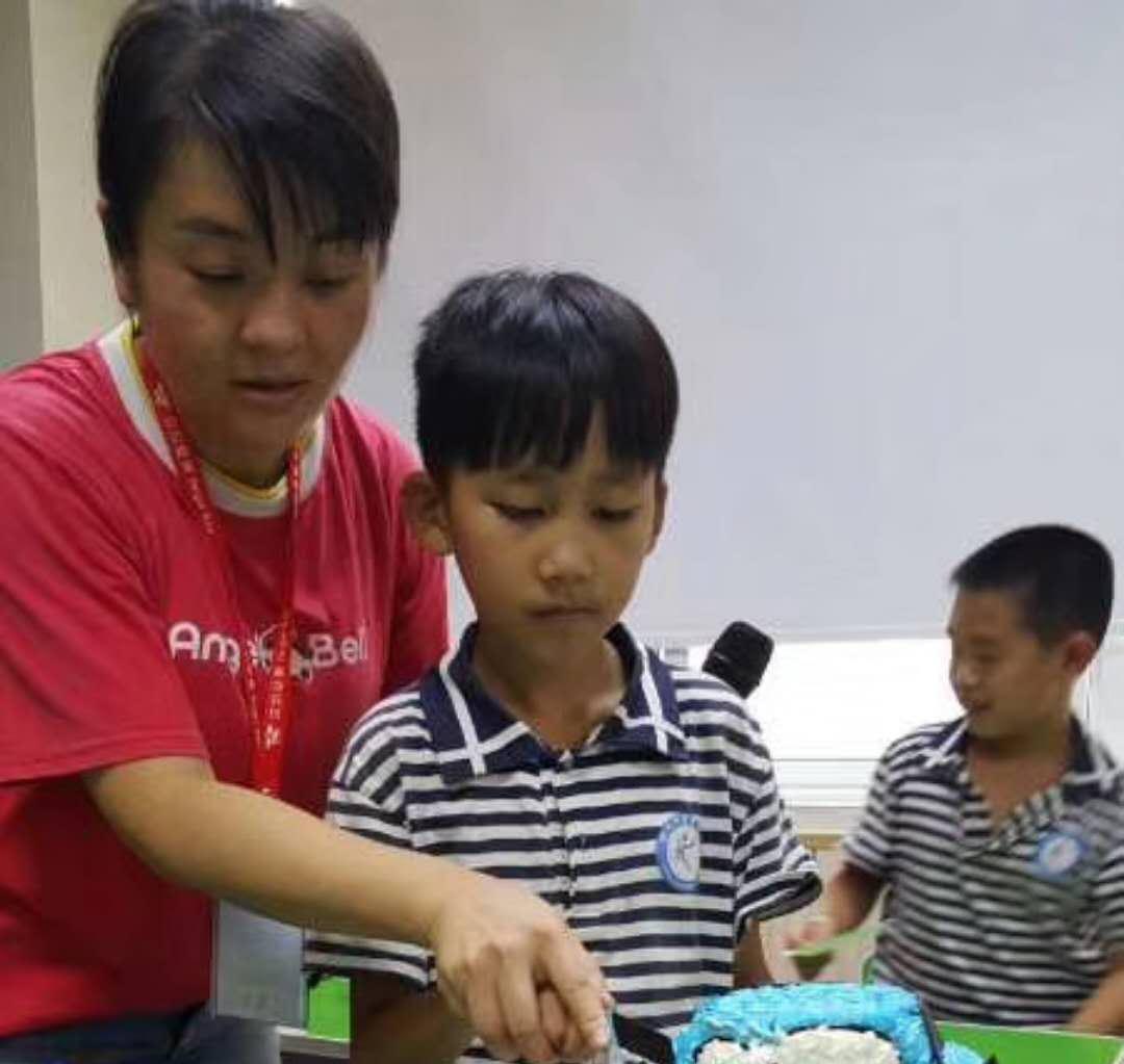 怀化宏宇校区陈波老师:感谢贝尔安亲这个平台,让我做了自己喜欢做的事情